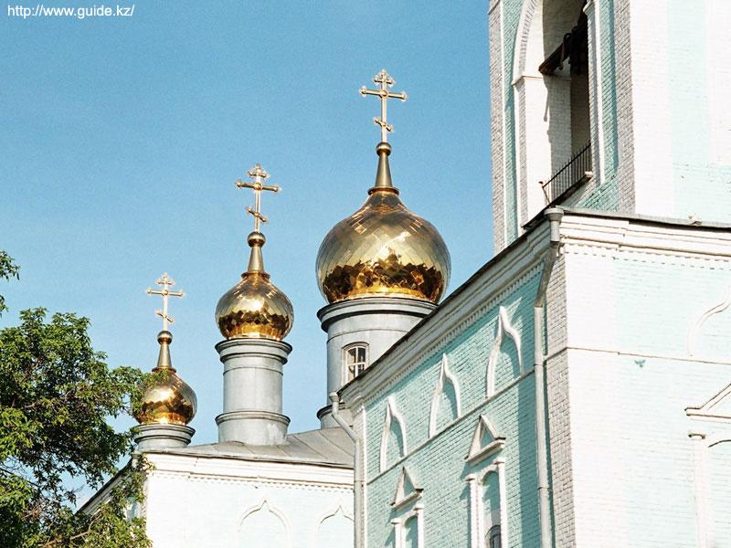 Фото Уральска. Михайло-Архангельский собор